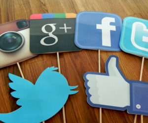 social media share photos